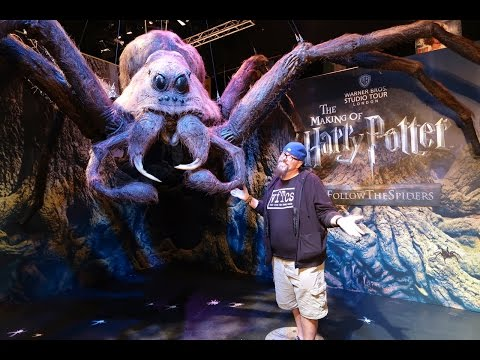 All The Confetti & Giant Spiders | Universal Orlando Celebration of Harry Potter 2017 Day One