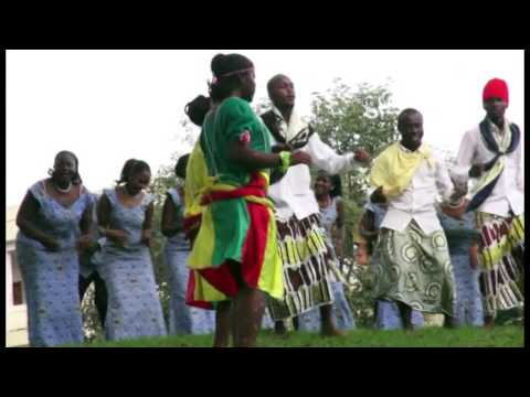 Kenyang Medley - The Glorious Voices (the University of Yaounde I Choir)