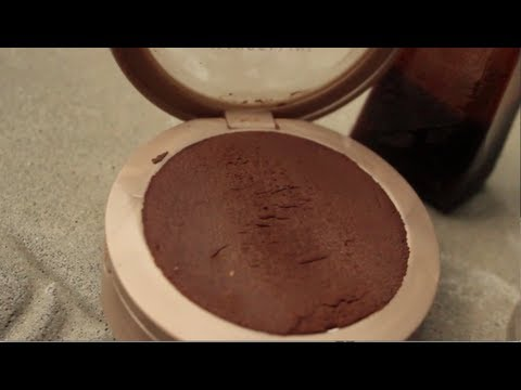 Thumbnail: DIY- Make your own bronzer!