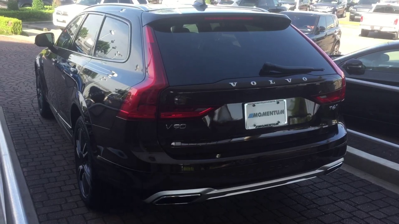 2017 Volvo V90 Cross Country And A 2016 Volvo Xc70 Youtube