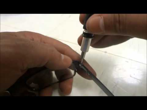 how-to-tighten-eyeglasses-loose-or-wobbly-arm
