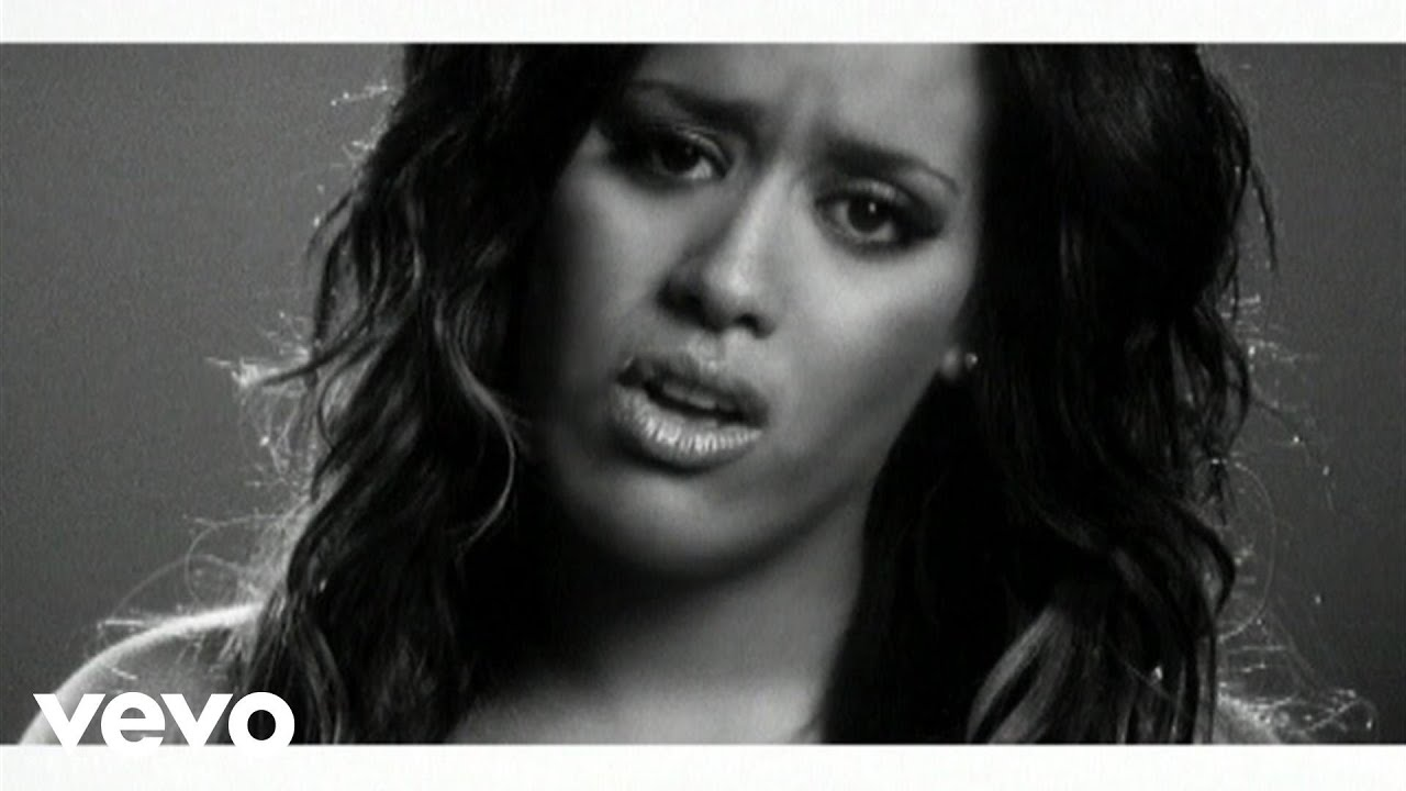 Amel Bent - A 20 ans (Clip officiel) ft. Diam's - YouTube