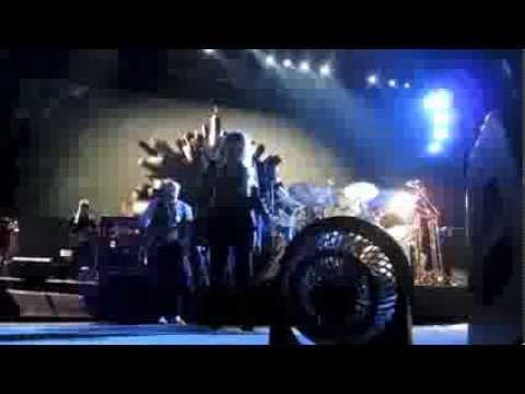 "Fleetwood Mac - ""World Turning"" song beginning – 12/30/13 - Las Vegas"