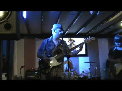 Texas Fraud Blues Band - Let Me Love You - The Bear Bridgnorth