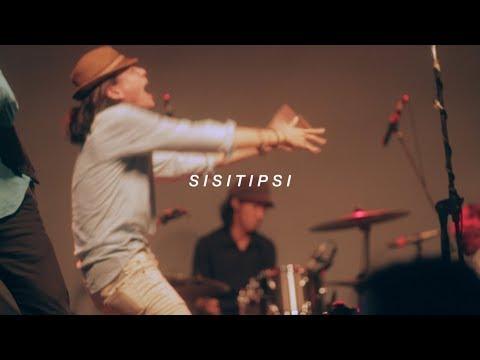 Sisitipsi - Joni Santai (Live at Parkiran Psikologi UI)