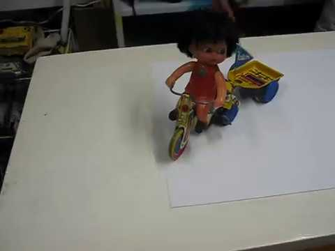 TOYS TIME Triciclo de lata Halcon/Vispa (Industria Argentina)