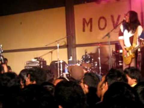 NAIF - DIMANA AKU DI SINI (LIVE @INDIE AIR MOVEMENT) mpeg4