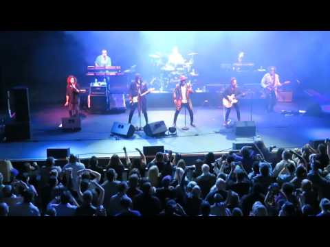 "The Revolution - ""Let's Work"" and ""1999"" - Capitol Theatre, Port Chester - May 04, 2017"