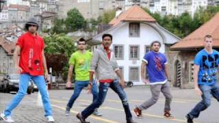 Uthamaputhiran songs - En Nenju Chinna Ilai.wmv