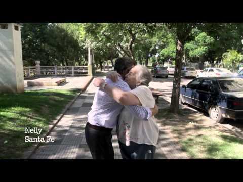 Tengo dos manos para abrazarte: el polémico spot de Macri | El Destape