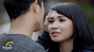 Download Lagu Lisna - Lemah Tanpamu (Official Music Video) mp3