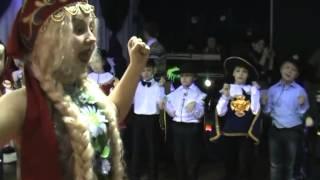 На новогоднее шоу-представление 2013 в школе танцев Импульс