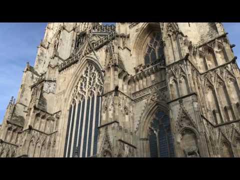 Visiting YORK - Travel Vlog #1 🇬🇧