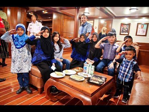 KBRI Cairo - KRI BIMA SUCI 705 di Port Said Mesir