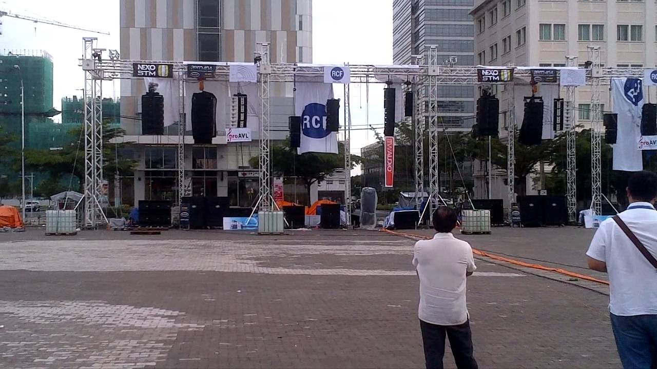 Jbl Outdoor Speakers >> ZSOUND (Live Outdoor Line Array Sound System Demonstration ...