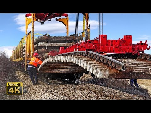 Heavy rail machinery - Lifting and removing old rail track panels [4K]