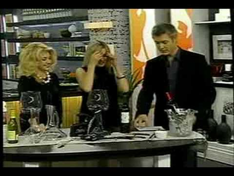 http://TheWineLadies.com Wine Accessories – Steve & Chris Show