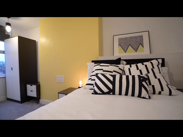 ***Special Offer of First Month's Rent Half Price* Main Photo