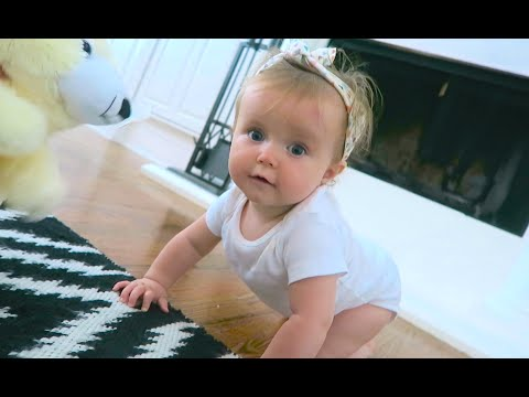 KINSLEY STARTED CRAWLING!!! (426)