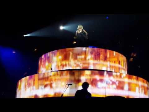 Carrie Underwood...Smoke Break...9/24/16 Columbia, Sc