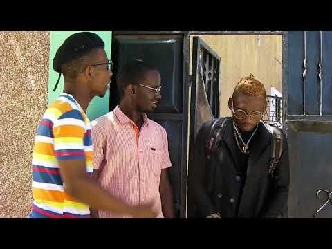 ALLY KIBA ACHANWA LIVE NA MASHABIKI WAKE KWA KUWEKA...