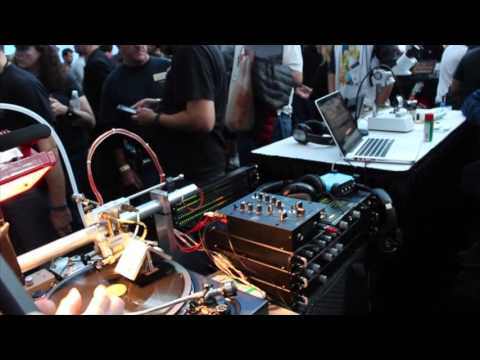 [NAMM 2016] Vinyl Recorder First Look