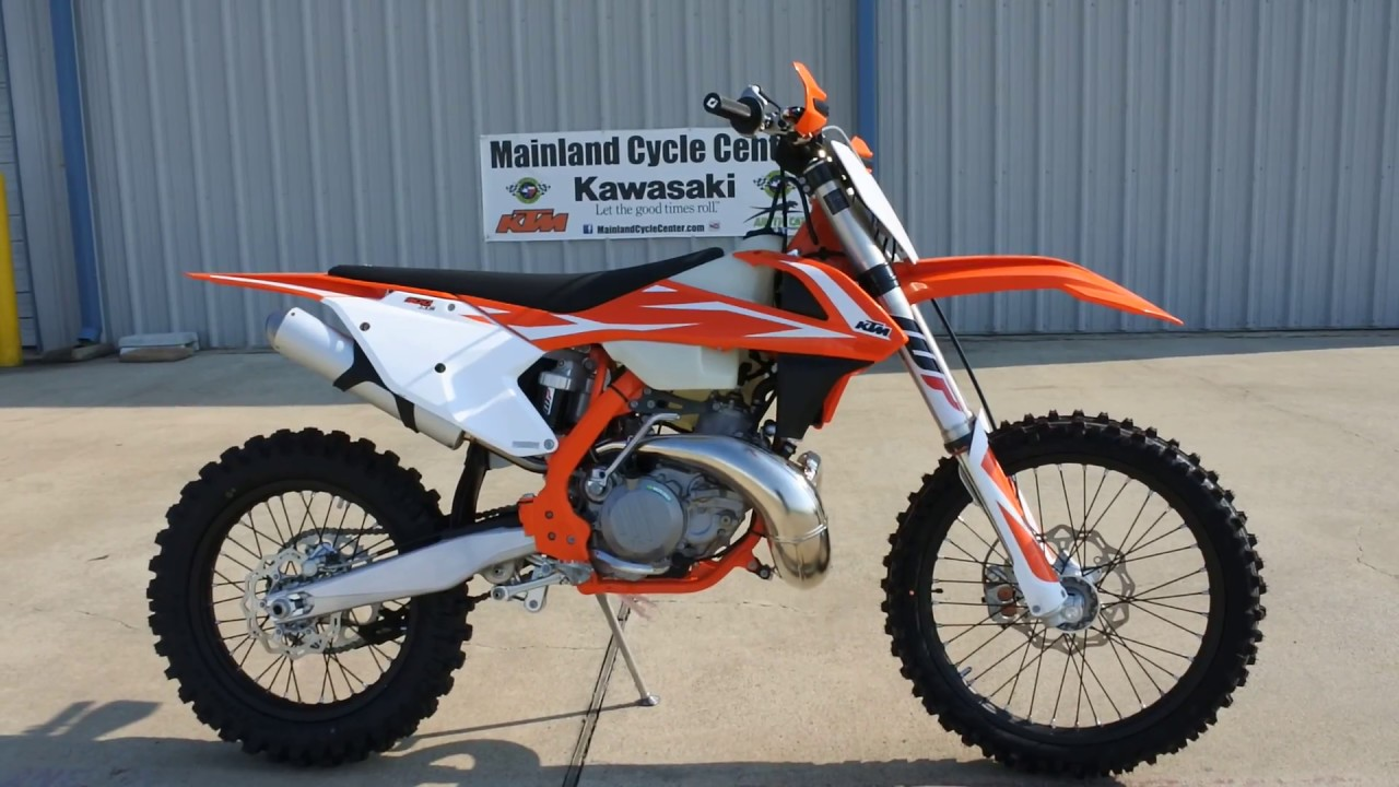9 299 2018 Ktm 300 Xc 2 Stroke Overview And Review
