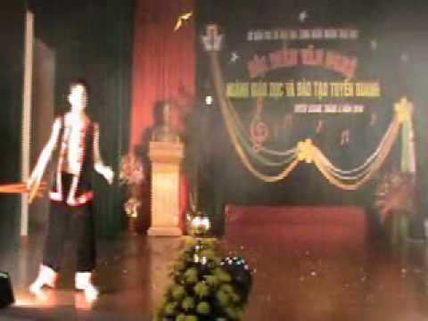 """Video clip """"Múa khèn"""" trường THPT Na Hang"""