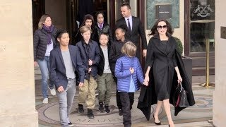 EXCLUSIVE : Angelina Jolie and all her 6 kids go visit the Louvre Museum in Paris
