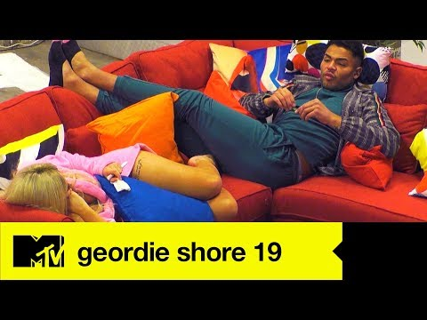 EP #1 SPOILER: Chloe & Nathan Open Up About The Lad's BF Break-Up | Geordie Shore 19