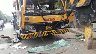 Crane crushes girl student to death in Taratala