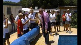 Portugal School | English School teacher takes early bath
