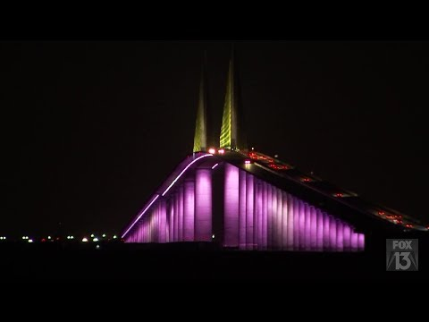 Sunshine Skyway Bridge Debuts Colorful New LED Lights