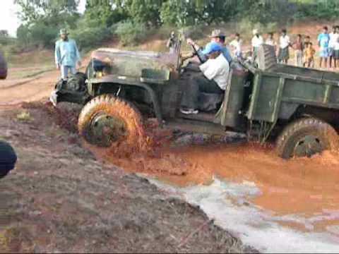 Nissan 4W73 in mud