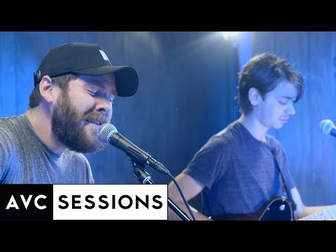 "Manchester Orchestra performs ""The Gold"""