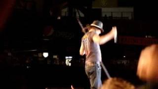 """KID ROCK """"I AM A BULL GOD"""" COMERICA PARK DETROIT 7/18/09"""