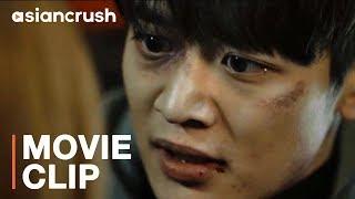 """Korean runaway must save girlfriend held hostage as karaoke """"doumi""""   Choi Minho in 'Derailed'"""