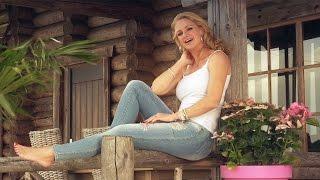 Tesca - Gescheurde Jeans (officiële videoclip)