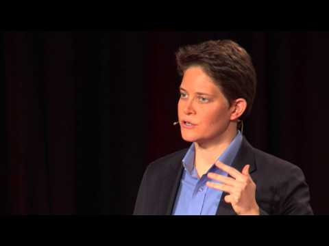 Finding your breakthrough idea | Dorie Clark | TEDxBeaconStreet