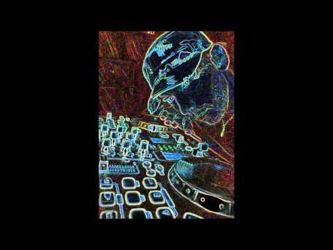 DJ 2K-ΟΤΑΝ ΓΟΥΣΤΑΡΕΙ ΤΟ ΜΥΑΛΟ