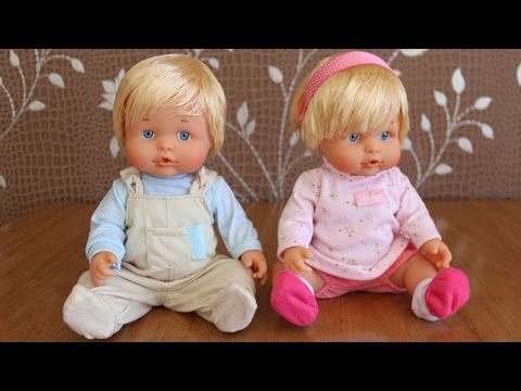 Nenuco Twins and Baby Doll Toys twin's highchair twin's bed twin's pram