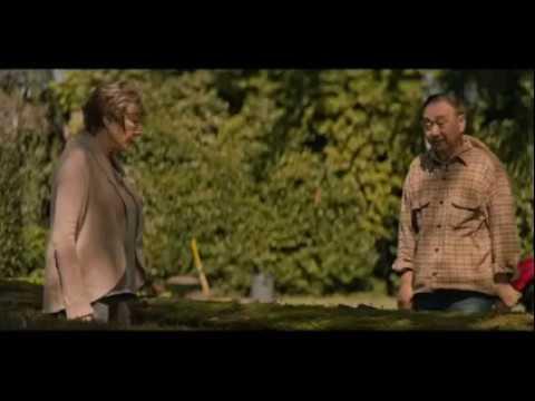Amanda Seyfried & Fiance Thomas Sadoski Star Together In 'The Last Word'  Watch !