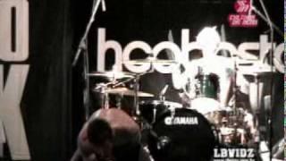 Hoobastank Let It Out (Live at Circo Voador) 12