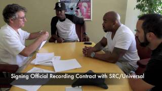 SRCUniversal Records Signing
