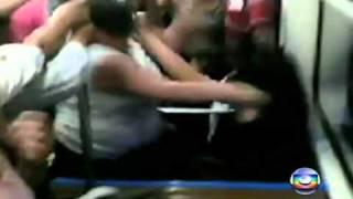 Fantastico 26-12-10 -  Mulher justifica agressão no metrô de São Paulo e diz que faria de novo