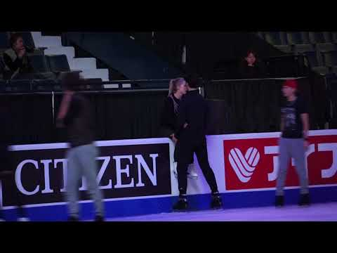 Kaitlyn & Andrew at SCI17 gala ex practice