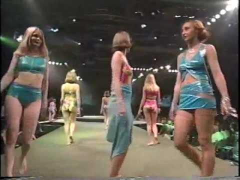 Défilé de Mode - Signature 2000 Fashion Show -- Collège LaSalle Montréal