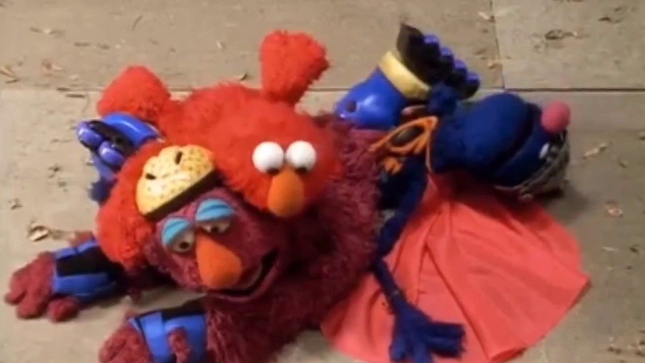 The Adventures Of Elmo In Grouchland Chase Scene