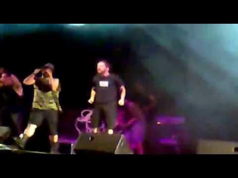 Dios ke te Crew + Machina - Herdeiros dunha ditadura (Ourense, 2011) Rap - Metal em Galego.
