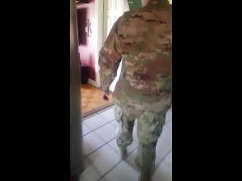 Army soldier surprises dad with homecoming!